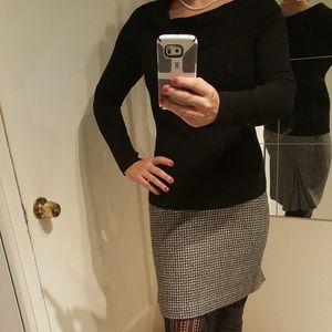 Ann Taylor Size 4 Gray Tweed Pencil Skirt